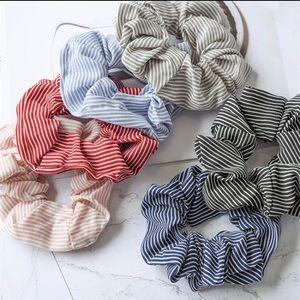 Set of 6 striped scrunchies